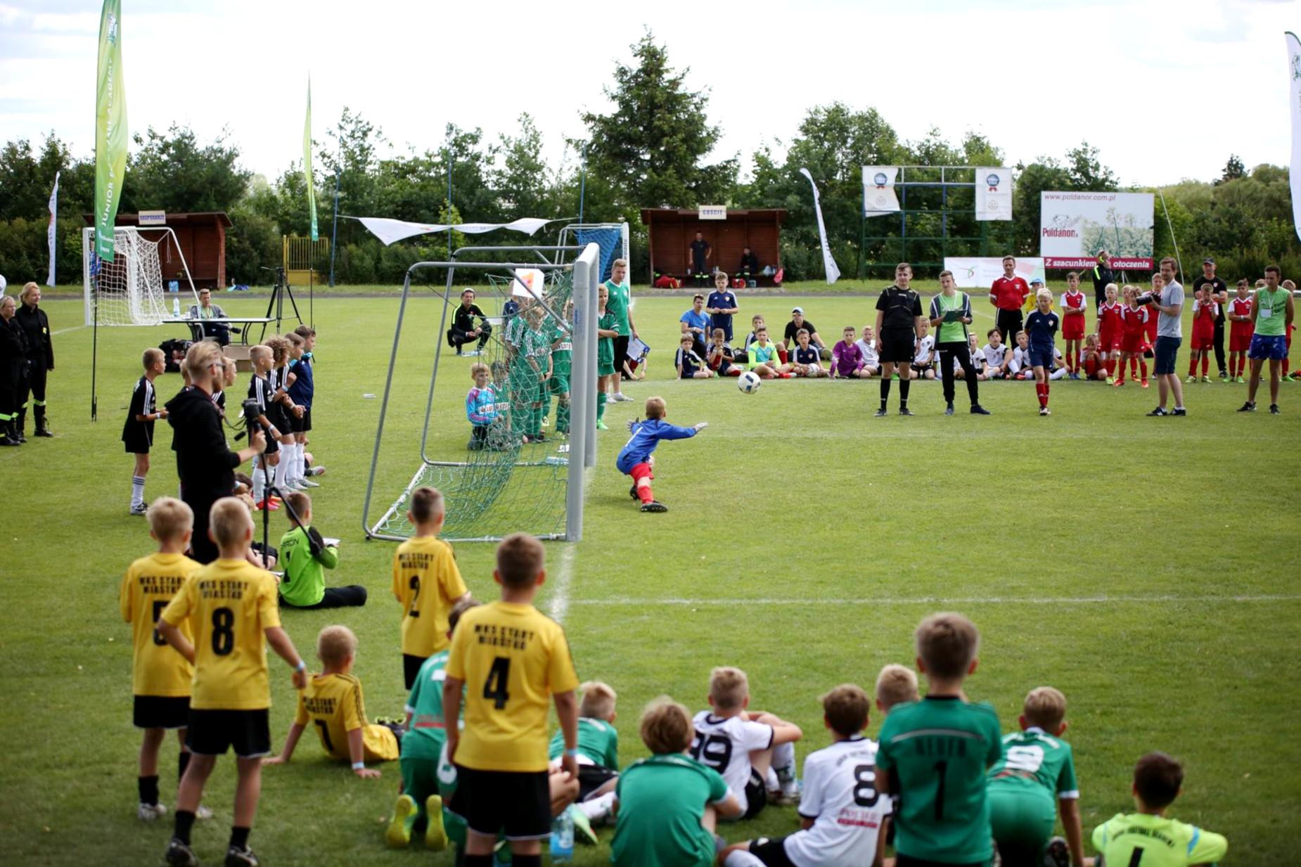 Piłkarskie emocje nie tylko w Rosji. Kilkaset młodych piłkarzy zagra w międzynarodowym turnieju w Przechlewie