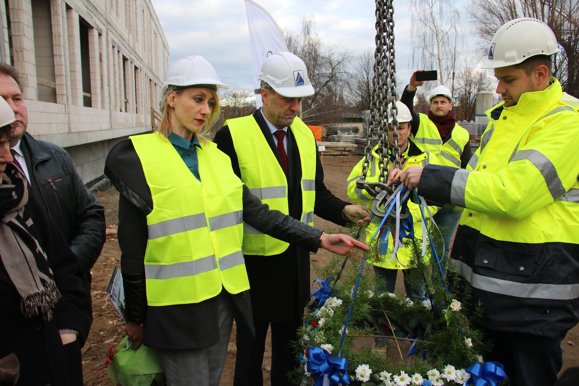 Wiecha nad nowym budynkiem szpitala na Zaspie już jest. Inwestycja ma być gotowa do końca 2019 roku