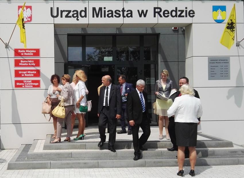 Mieszkańcy Małego Trójmiasta Kaszubskiego mogą liczyć na pomoc w znalezieniu pracy, modernizację energetyczną budynków i upiększenie okolicy