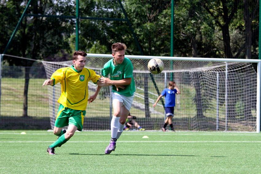 Dzikie drużyny piłkarskie zagrają przy Traugutta. Kibicuj i zobacz, kto tym razem wygra Do Przerwy 0:1?