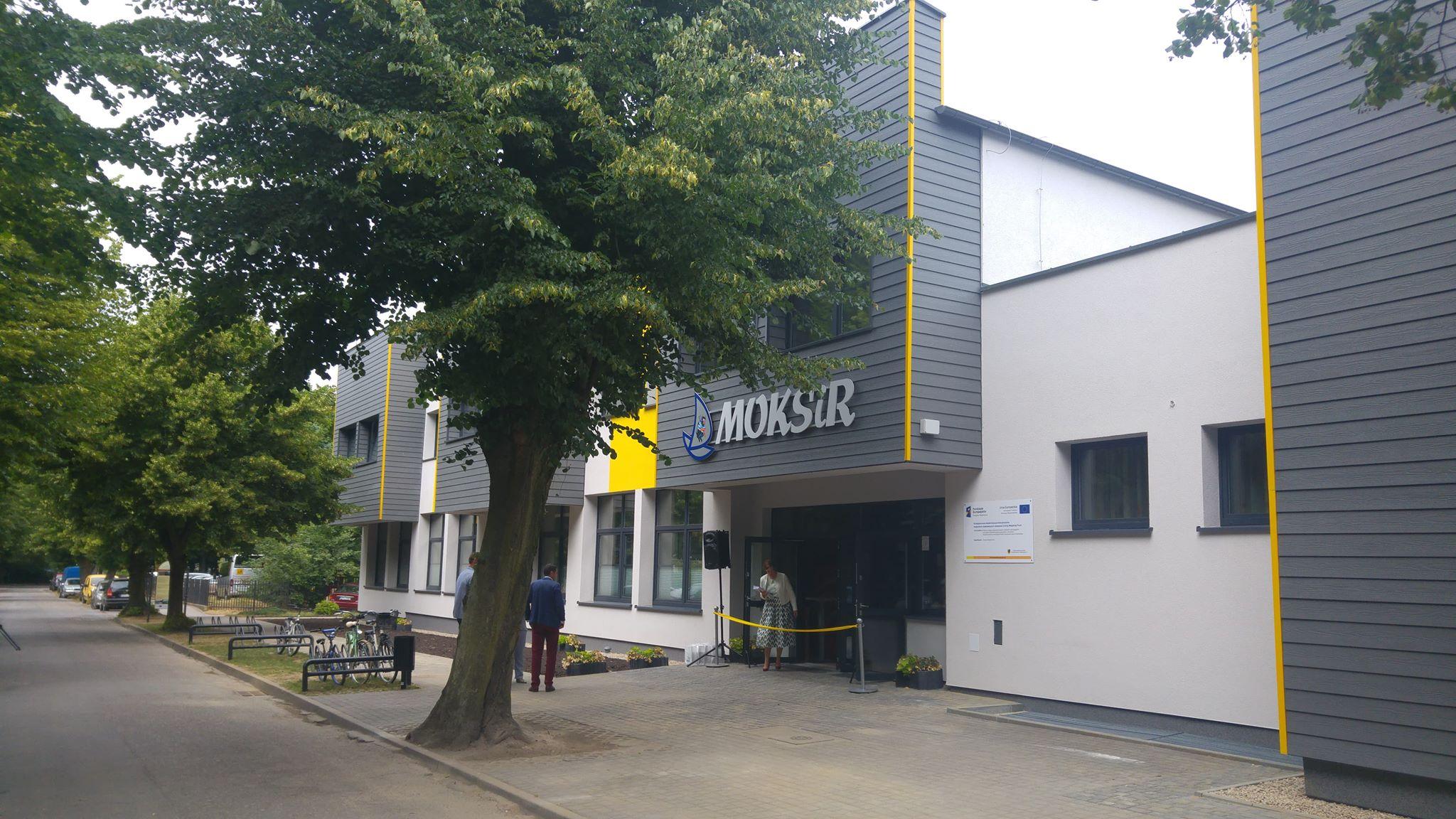 W Pucku zakończyła się przebudowa budynków Urzędu Miasta i MOKSiR. Teraz jest ekologicznie i ekonomicznie
