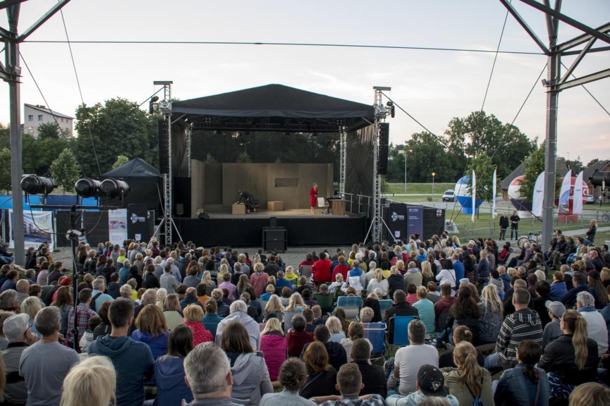 Wakacyjne spektakle w Pruszczu Gdańskim. Przed nami 11. sezon Sceny Letniej Teatru Wybrzeże