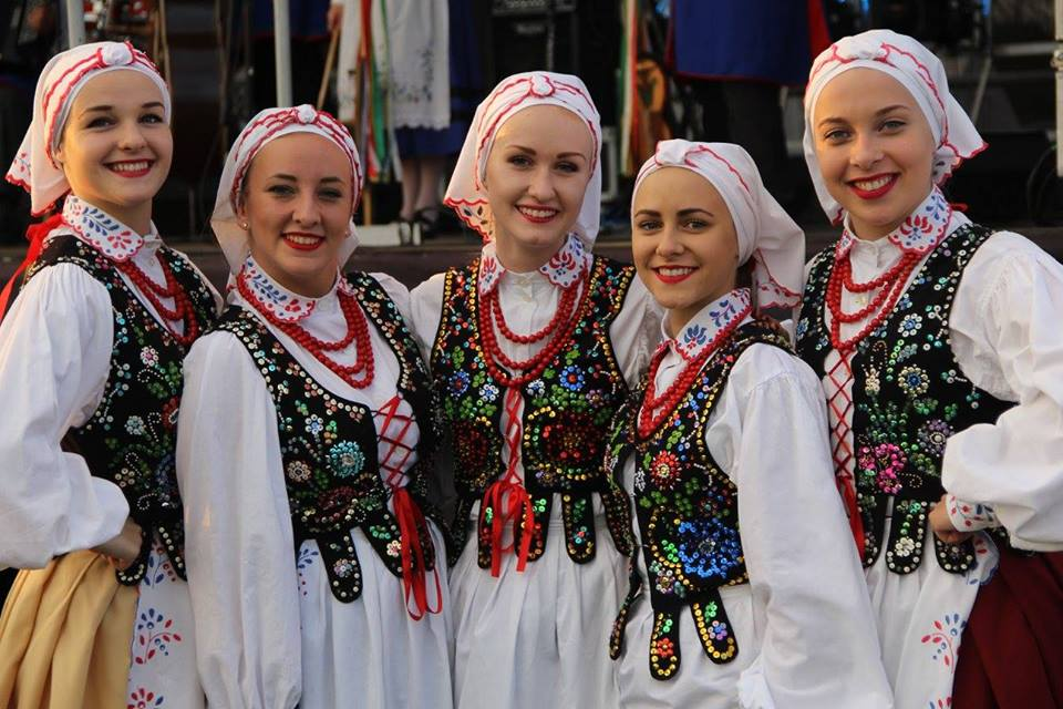 Zespoły z m.in. Belgii, Białorusi, Grecji, Sri Lanki i Włoch. Spotkania z Folklorem Świata