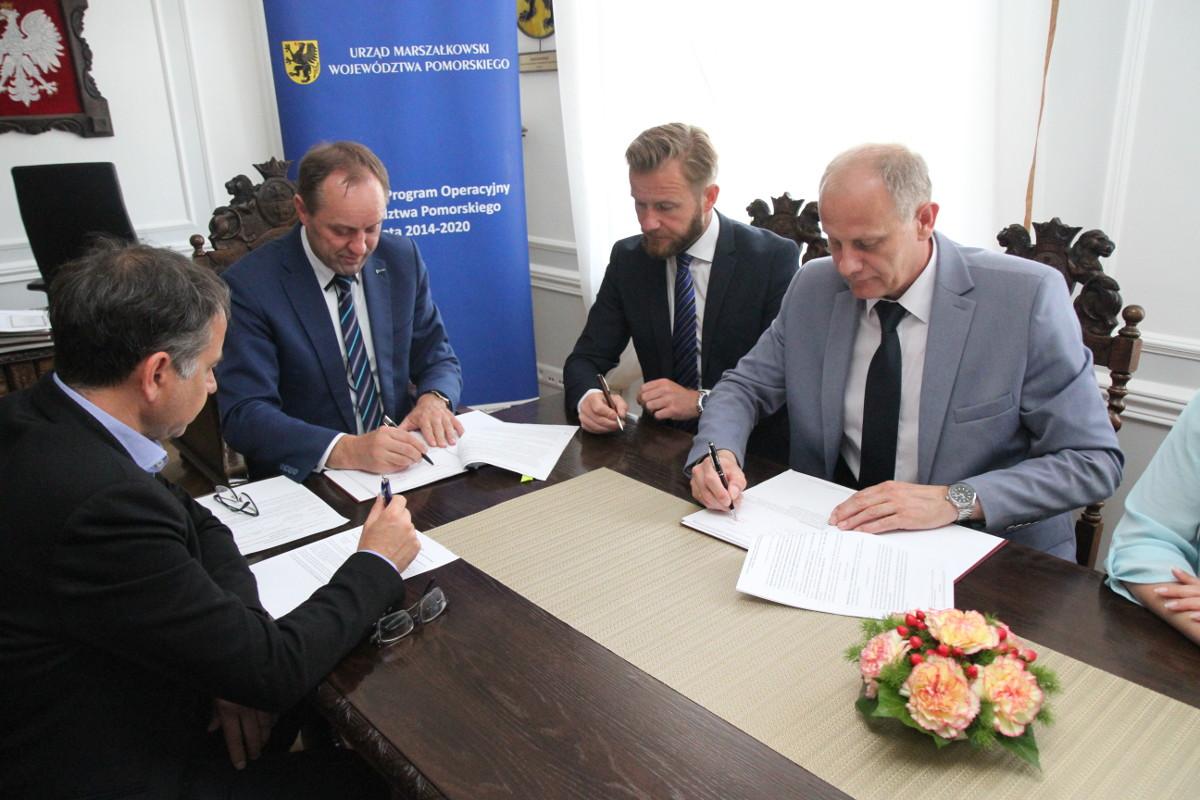 W gminie Żukowo będzie tanie i ekologiczne ogrzewanie. Projekt termomodernizacji budynków dofinansowany z Regionalnego Programu Operacyjnego