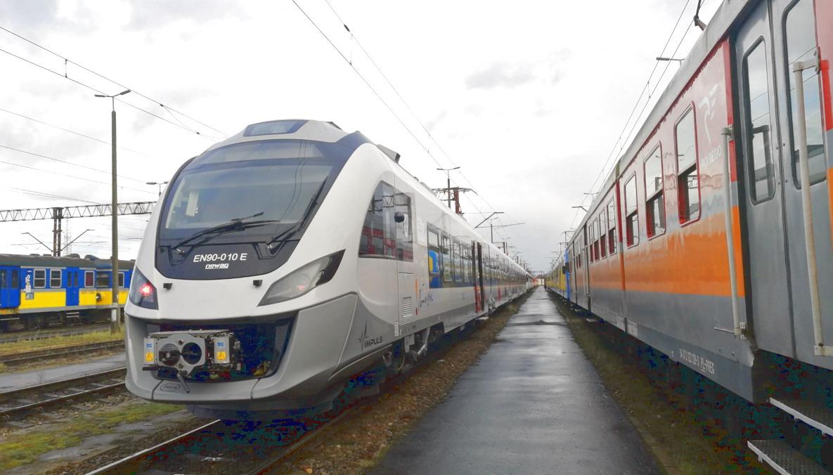 Kolejny nowoczesny pociąg na pomorskich torach. Pasażerowie jeżdżą nim wcześniej niż zakładano