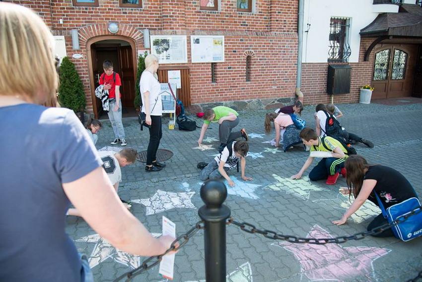 Kreatywne spotkanie ze sztuką. Dni Otwarte Funduszy Europejskich w Centrum Aktywności Twórczej w Ustce