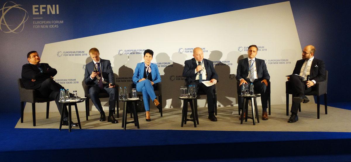 Dniami i nocami debatują o tym, jak nadążyć za zmieniającym się światem. Trwa Europejskie Forum Nowych Idei