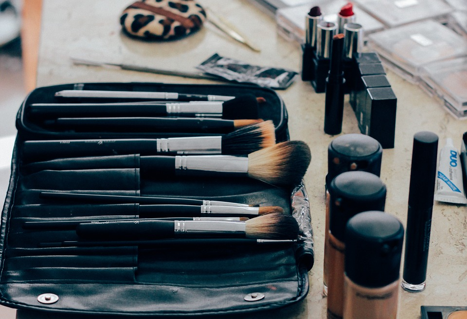 Bezpłatne warsztaty fryzjersko-kosmetyczne dla osób dotkniętych chorobą onkologiczną w Gdyni