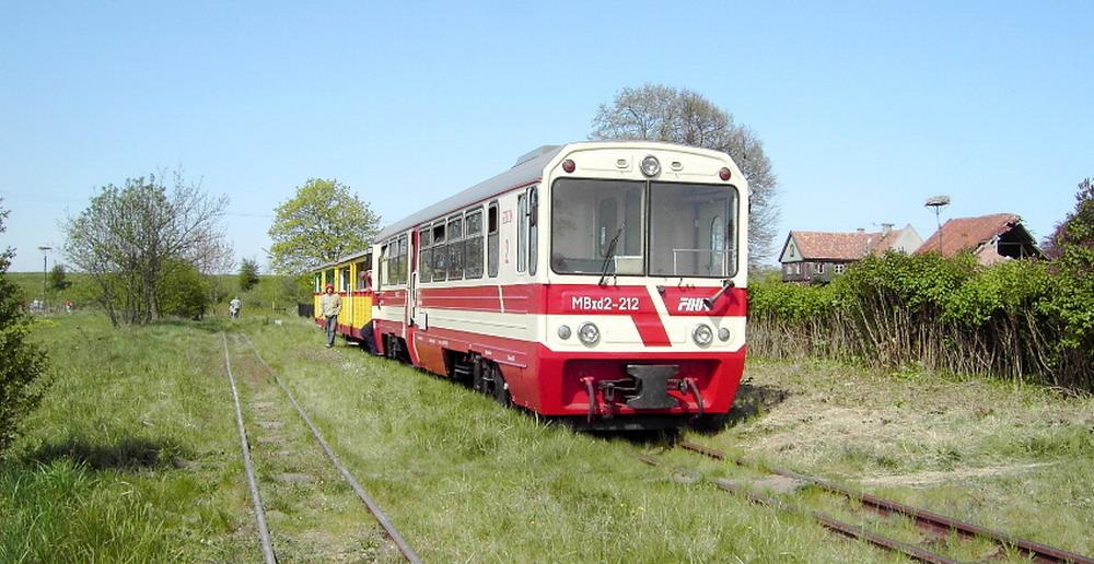 Statkiem czy wąskotorowym pociągiem? Przeczytaj, czym możesz pojechać na majówkę