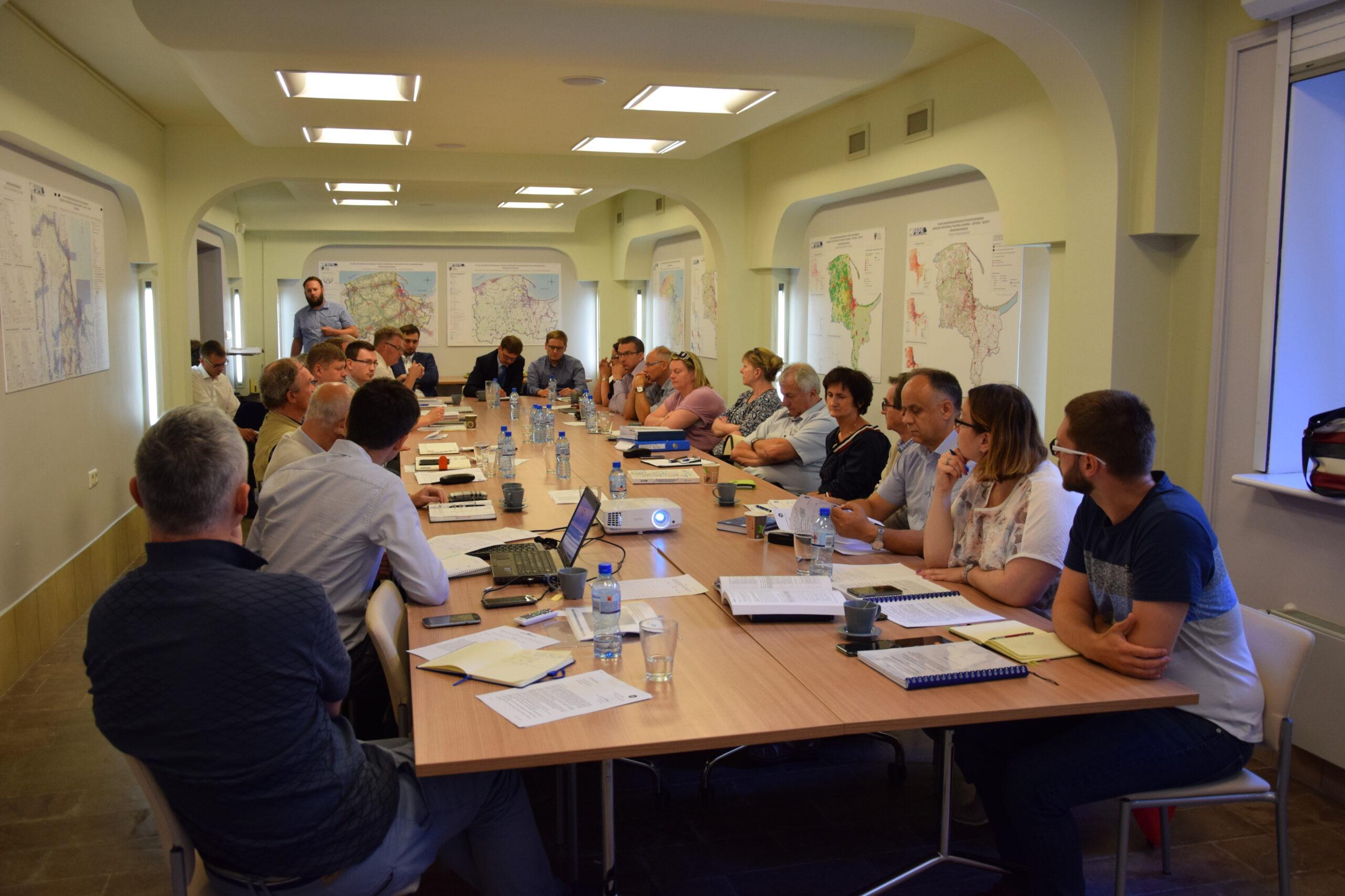 Pierwsze konsultacje w sprawie opracowania dokumentacji projektowej dotyczącej odcinka kolejowego Tczew – Gdynia.