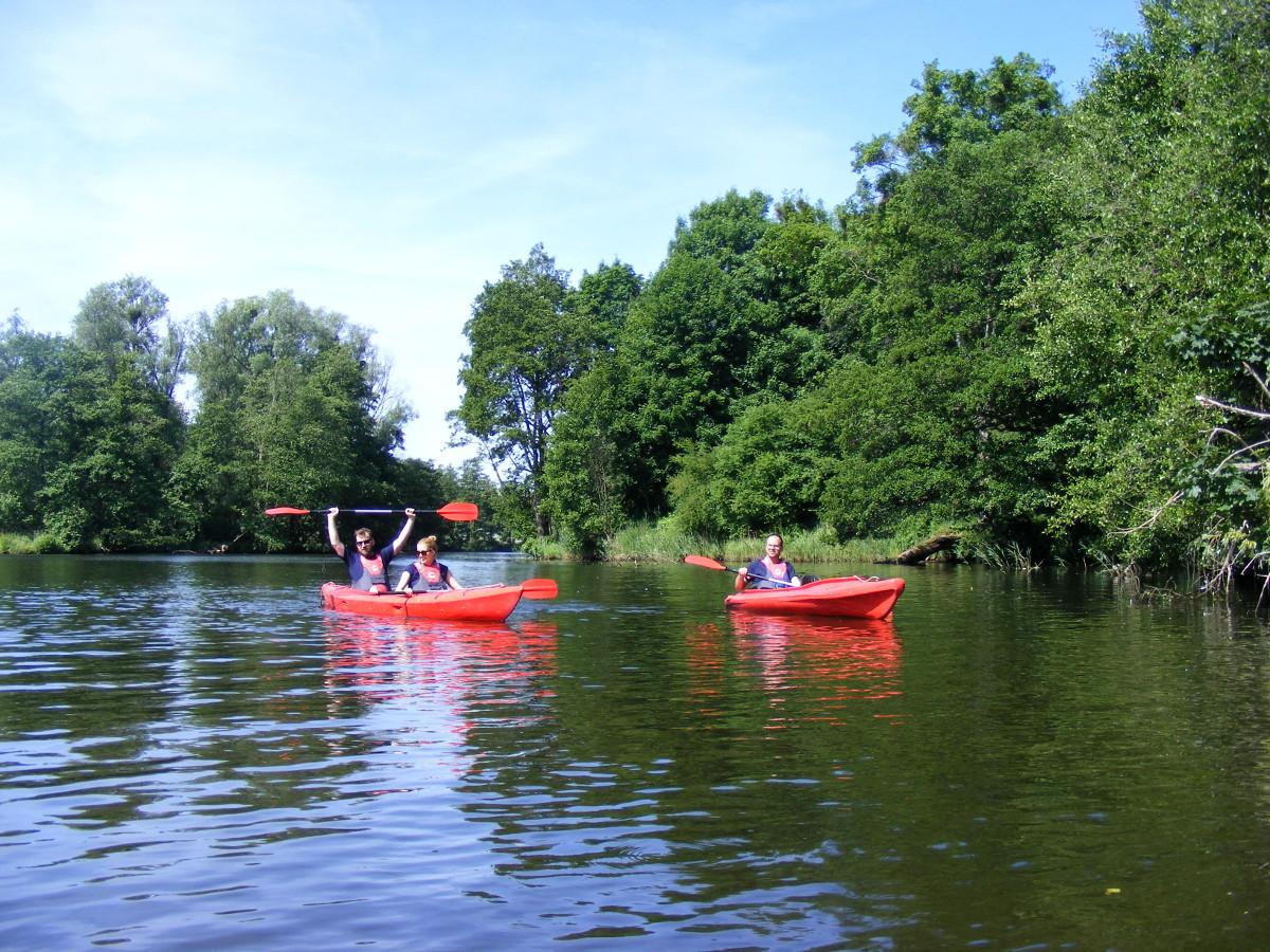 Wielki Spływ Kajakowy Rzeką Radunią. To fantastyczna propozycja na weekend [GALERIA]