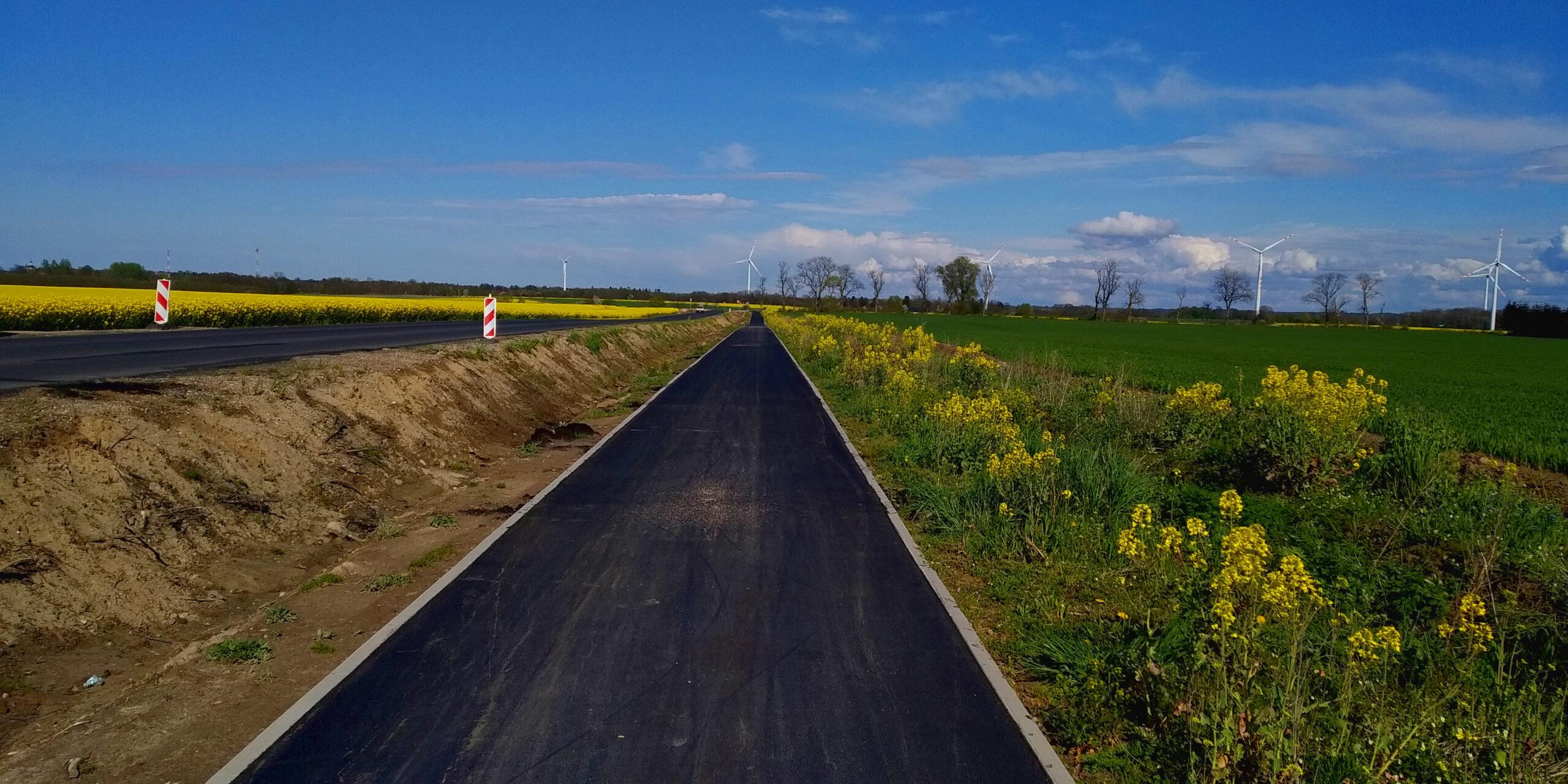 Trwaja prace nad trasą EuroVelo 10/13 na zachodzie województwa