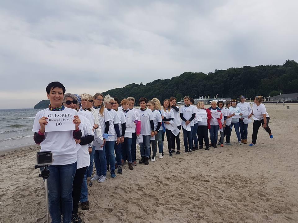 Chorym na raka można pomóc na wiele sposobów. Jednym z nich jest udział w OnkoRejsie Granicami Polski