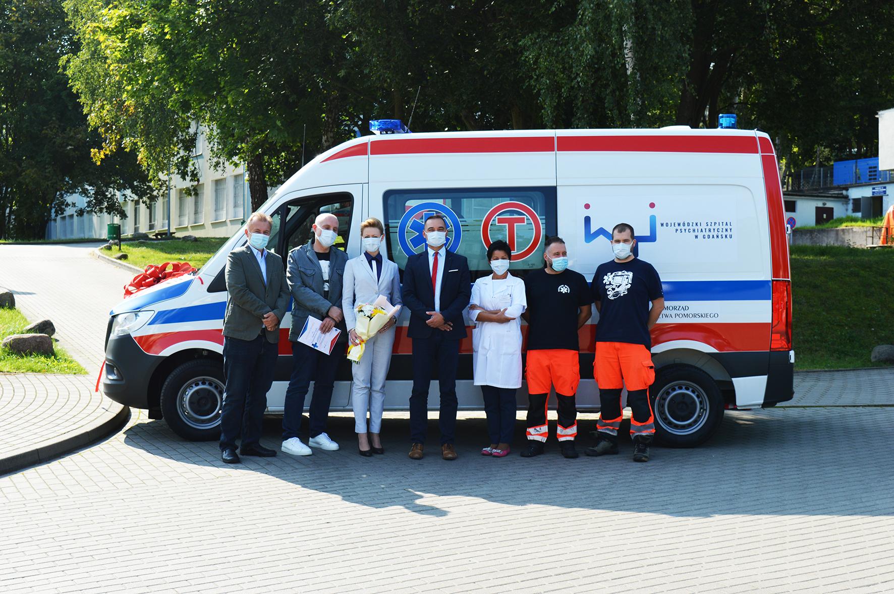 Ambulans ratunkowy i karetki przewozowe dostały trzy pomorskie szpitale