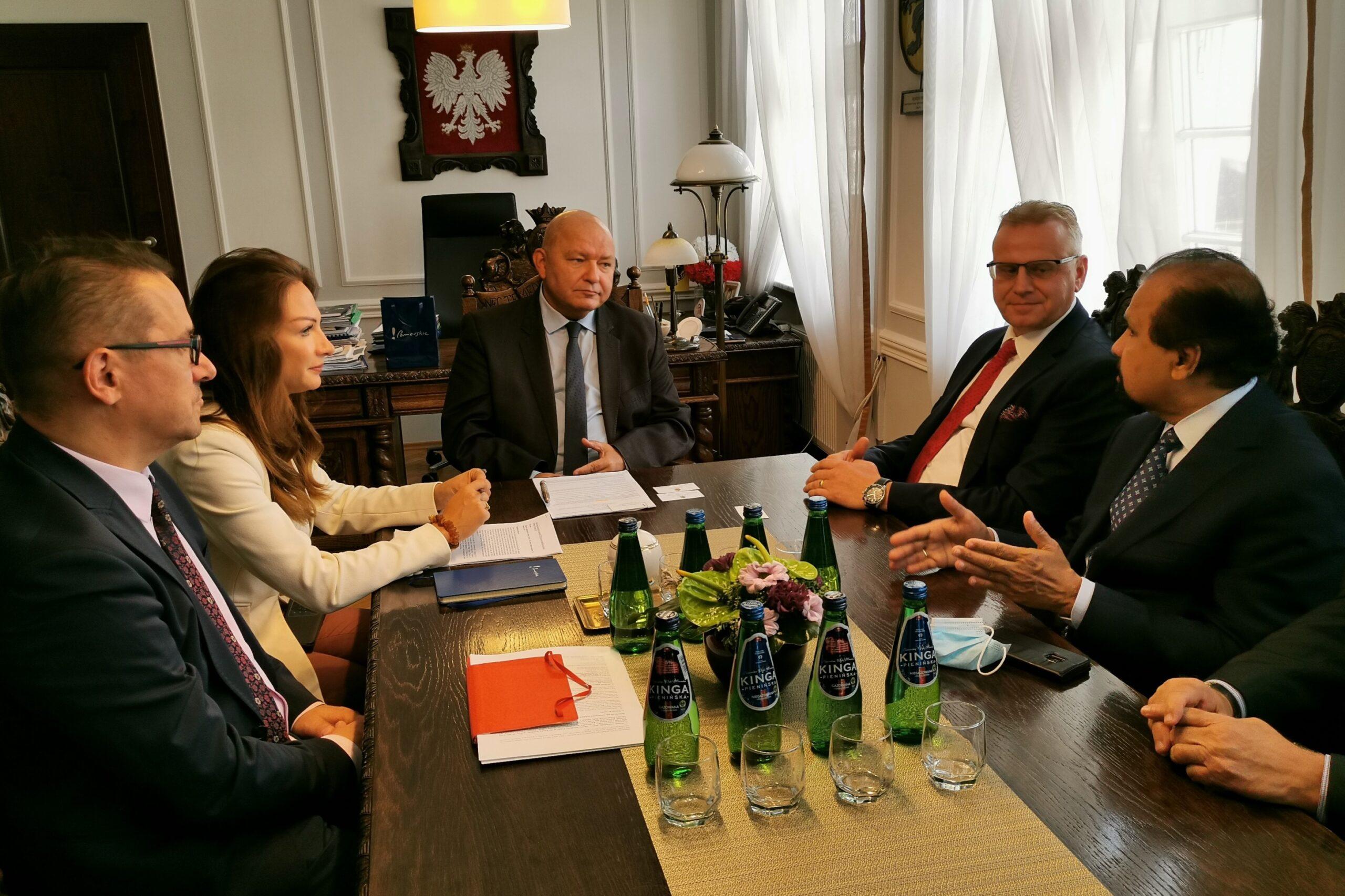 Ambasador Sri Lanki z wizytą na Pomorzu. Otwarty został konsulat honorowy
