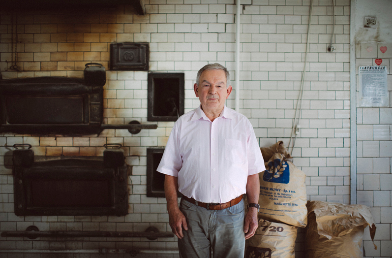 Ryszard Majchrowski w piekarni