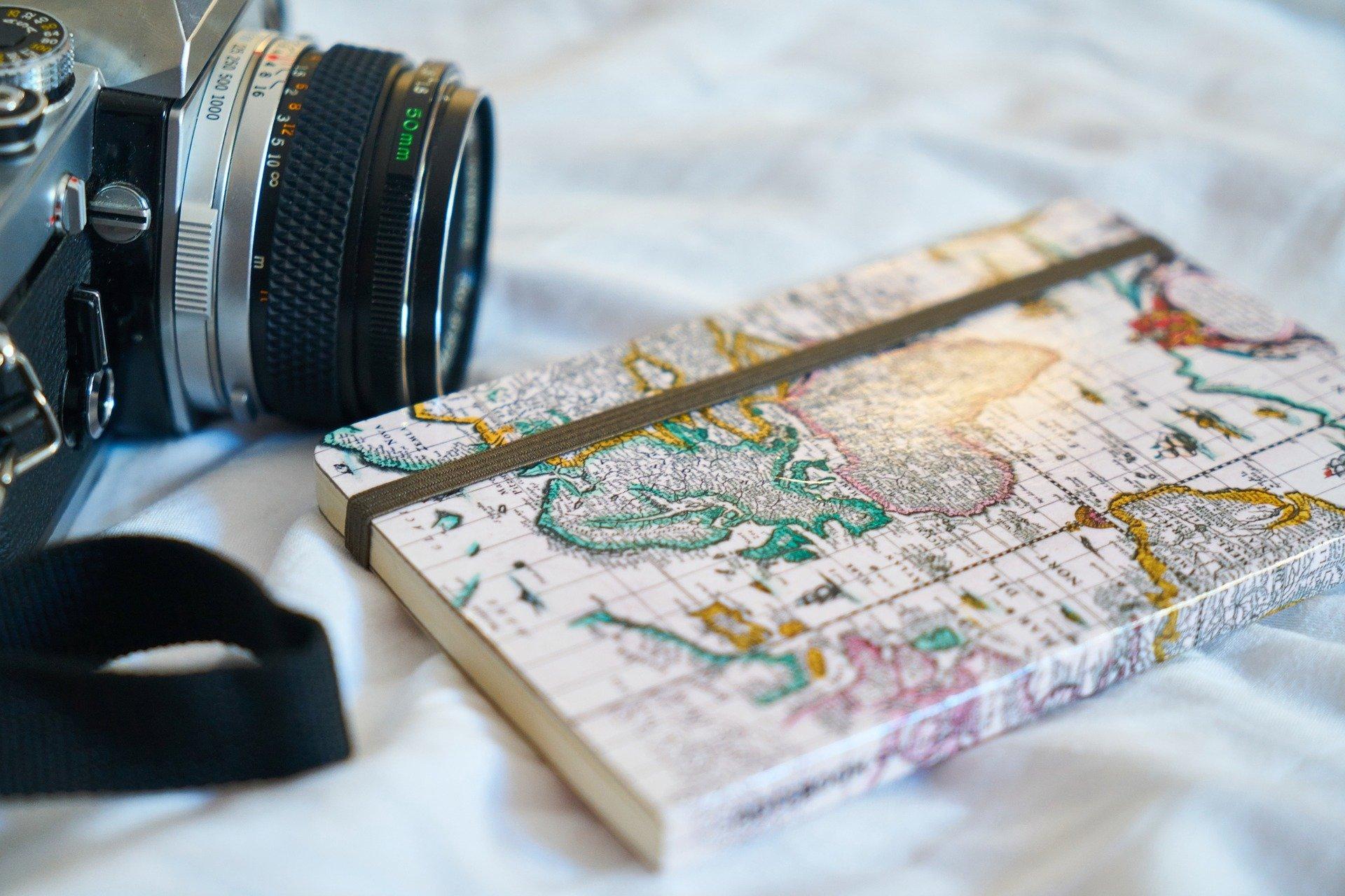 Jak przygotować się do podróży i zrobić ciekawą relację? Bezpłatne warsztaty on-line