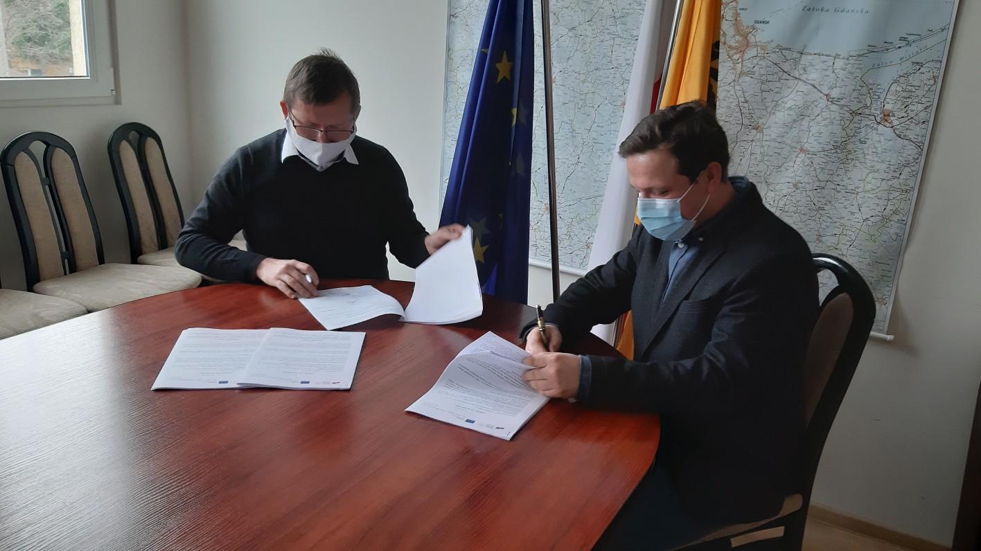Umowa podpisana. Wkrótce rozpocznie się przebudowa drogi wojewódzkiej 501