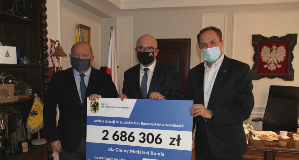 Kolejne miliony zł na wsparcie usług społecznych. Unijne dotacje dla Rumi i gminy Stegna