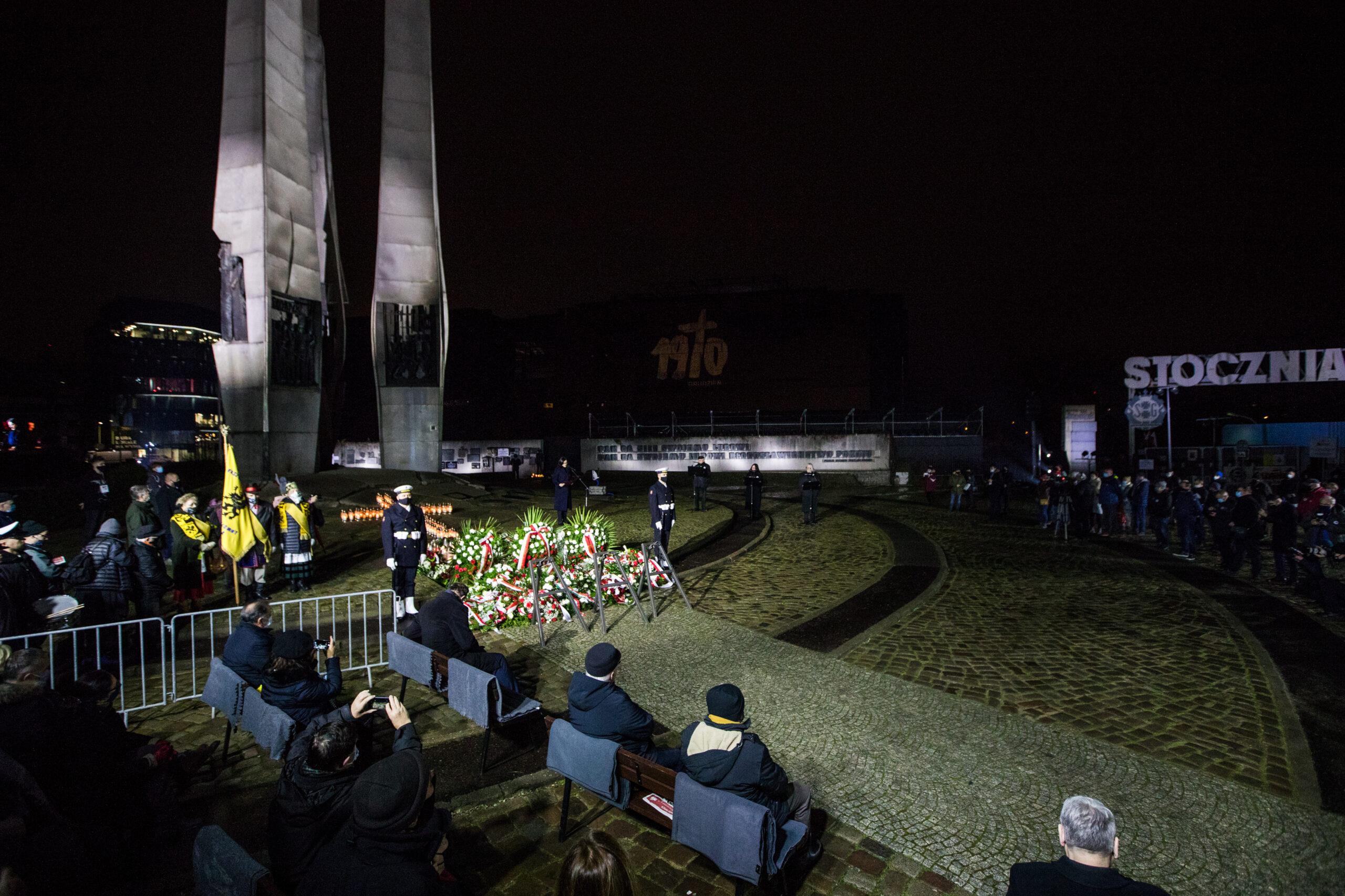 Główne obchody rocznicy Grudnia 1970 w Gdańsku i Gdyni. Pomorze pamięta! [ZDJĘCIA]