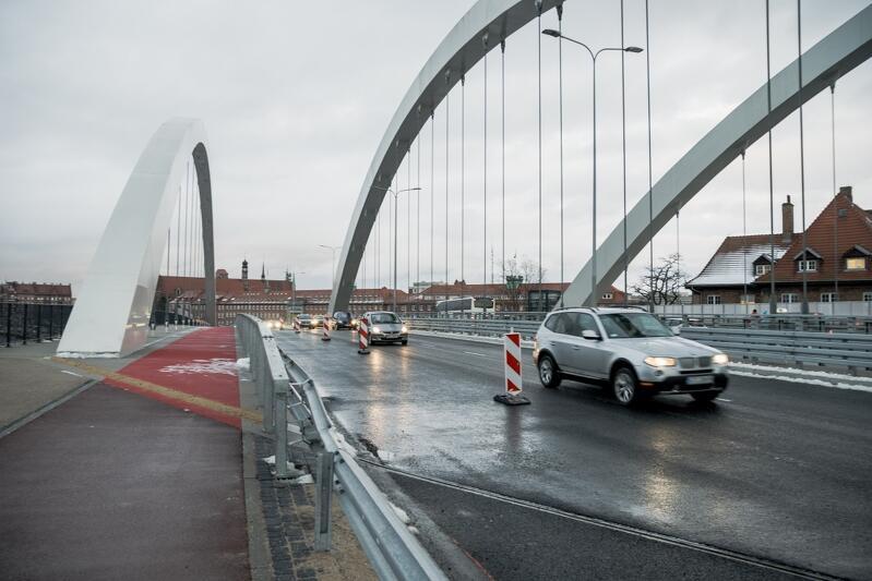 Zmiany na wiadukcie Biskupia Górka. Nowa jezdnia została oficjalnie otwarta