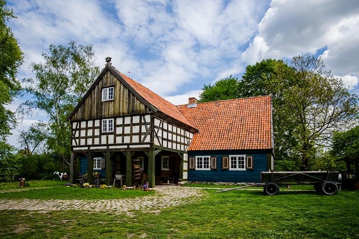 Dom podcieniowy na Żuławach