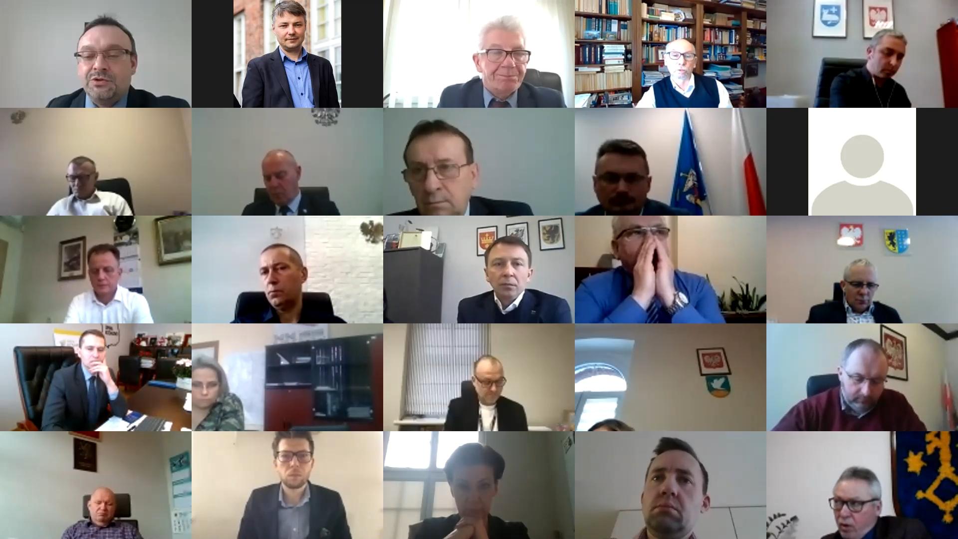 Pomorscy samorządowcy jednym głosem o niejasnym podziale środków unijnych dla Pomorza