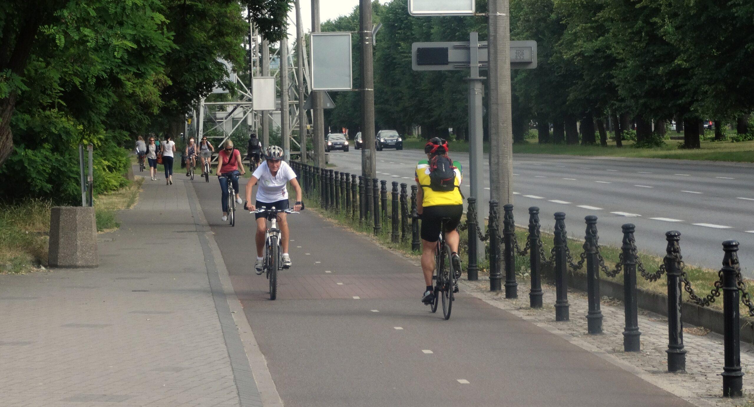 Jak powinny być budowane trasy rowerowe w Pomorskiem? Są szczegółowe wytyczne