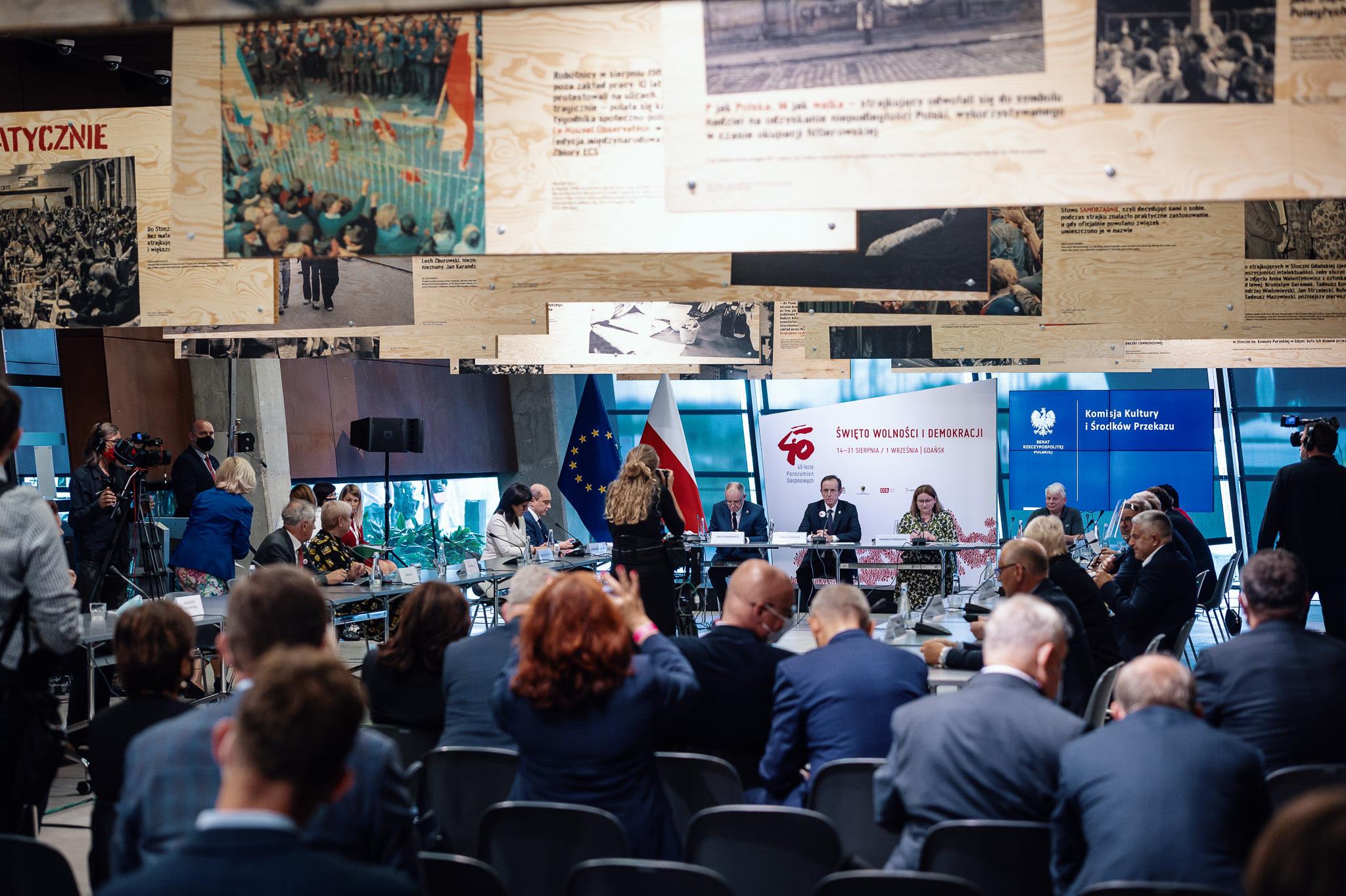 Uczestnicy debaty w Europejskim Centrum Solidarności
