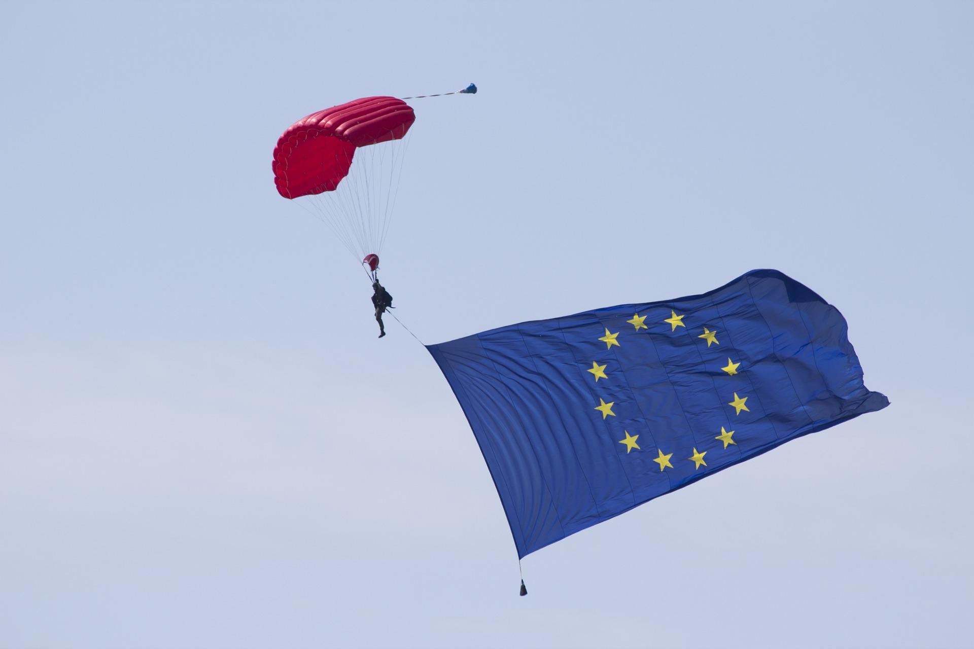 Jaki jest statystyczny Pomorzanin, Polak, Europejczyk? Dzień Europy w liczbach [INFOGRAFIKA]
