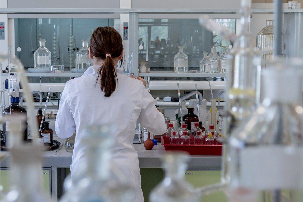 Test na HIV za darmo, szybko i anonimowo. Trwa Europejski Tydzień Testowania