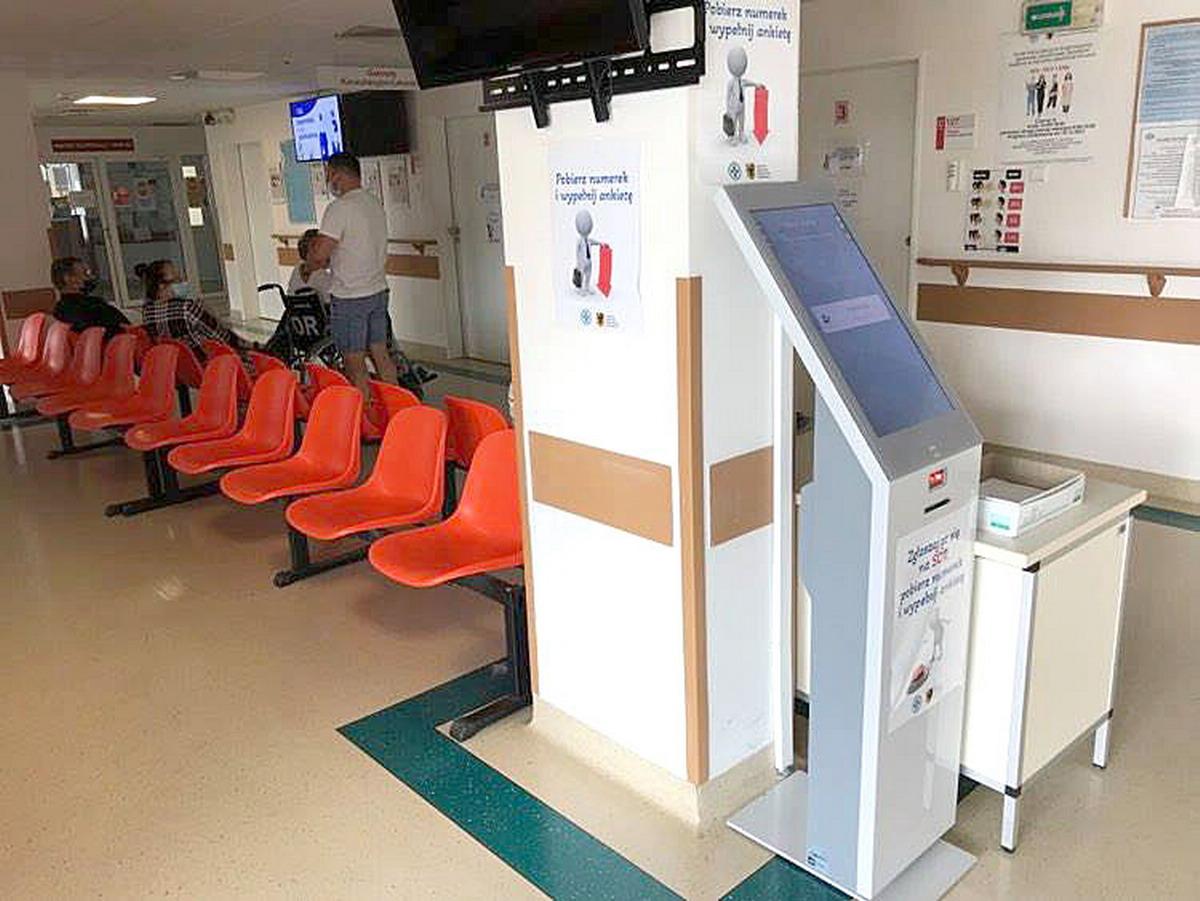 Automat do numerków na SORze w słupskim szpitalu