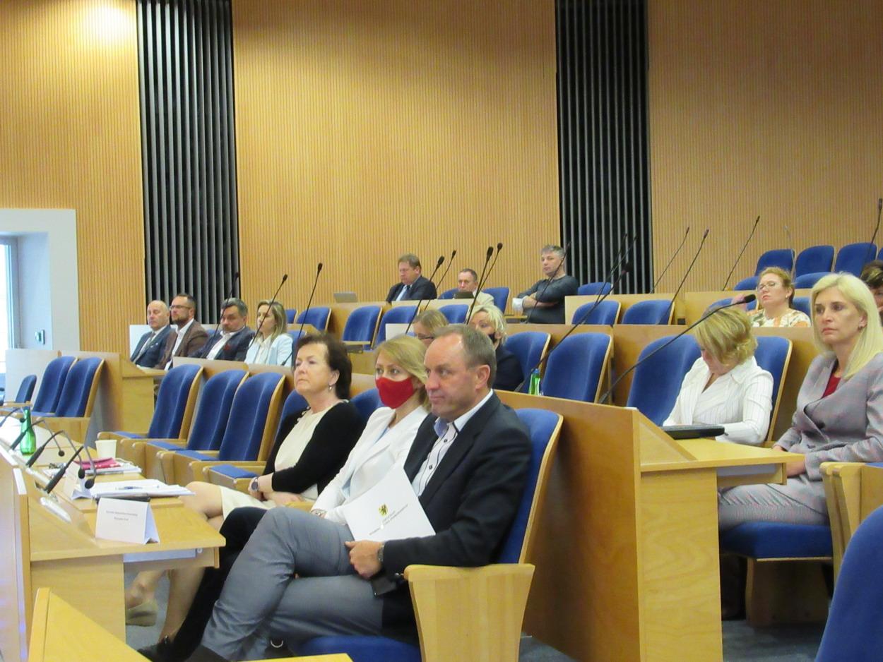 Uczestnicy debaty zdrowotnej dot. nowego ładu