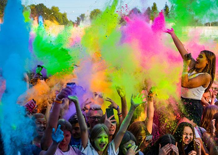 Koncert dla dzieci i festiwal kolorów. Wesołe rozpoczęcie sezonu letniego w Tczewie