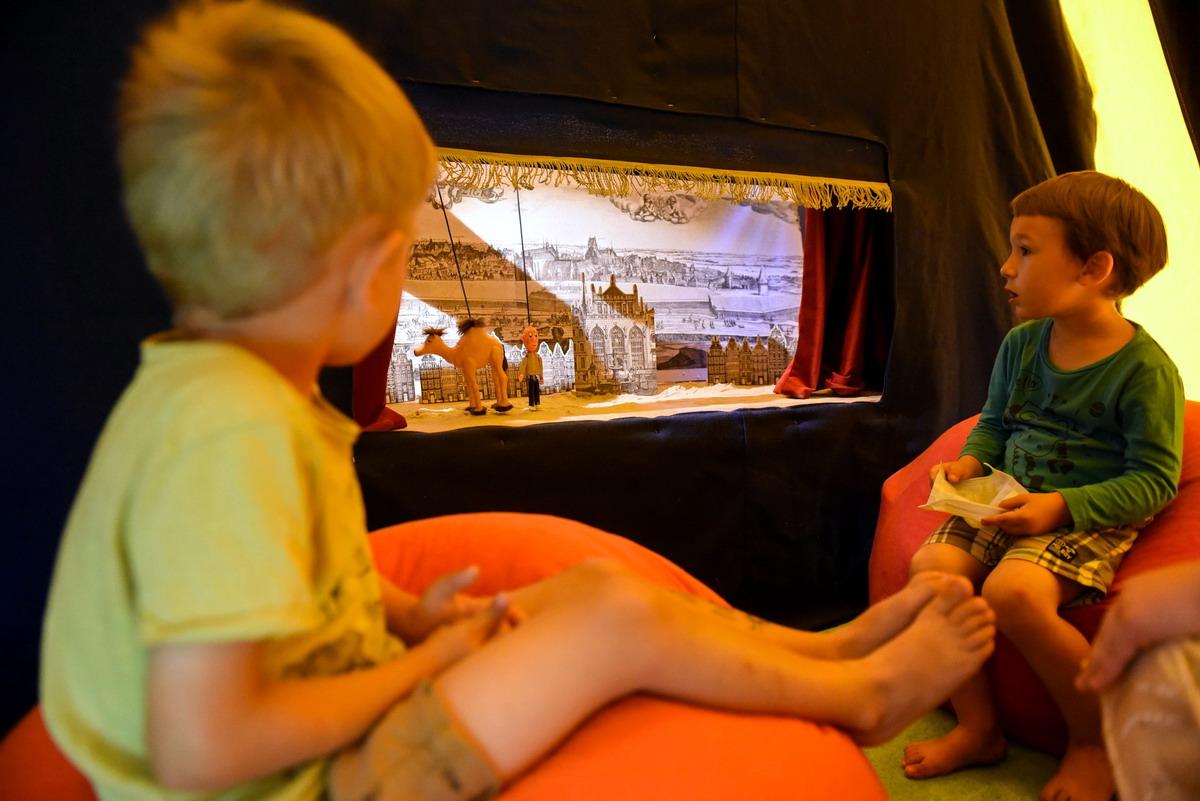 Wakacyjne spektakle dla dzieci. Teatr Miniatura zaprasza w plener i na Jarmark św. Dominika