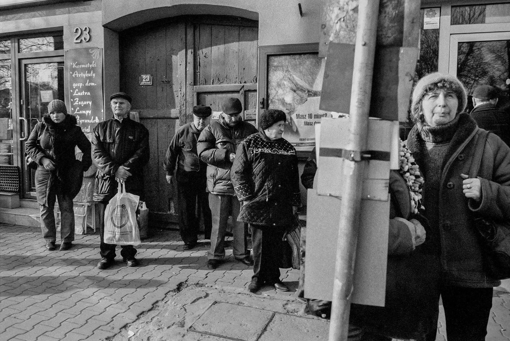 Codzienność na polskiej prowincji. Nowa wystawa w Gdańskiej Galerii Fotografii