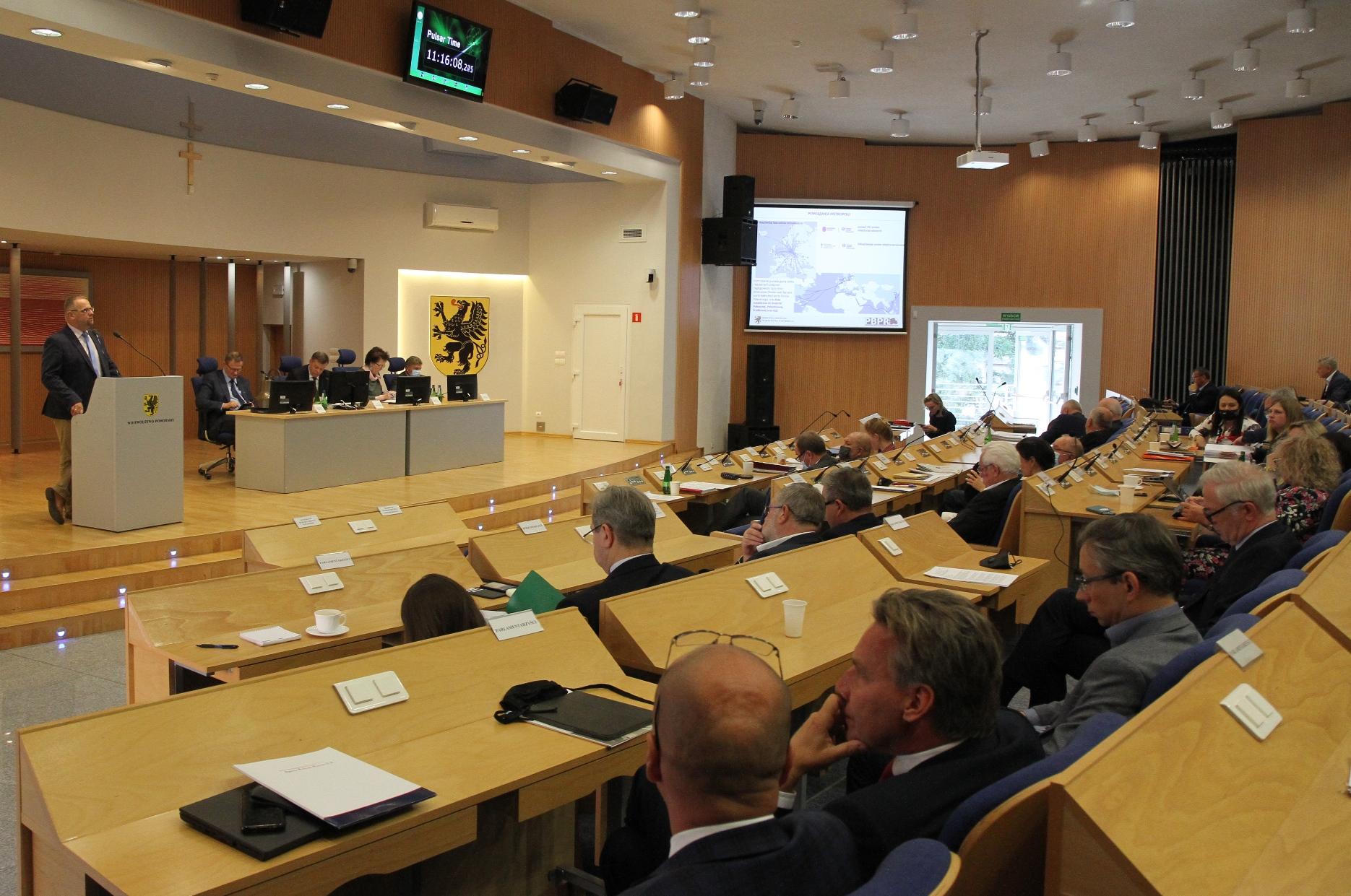 Apel pomorskich radnych: Należy niezwłocznie rozpocząć prace nad ustawą o metropolii